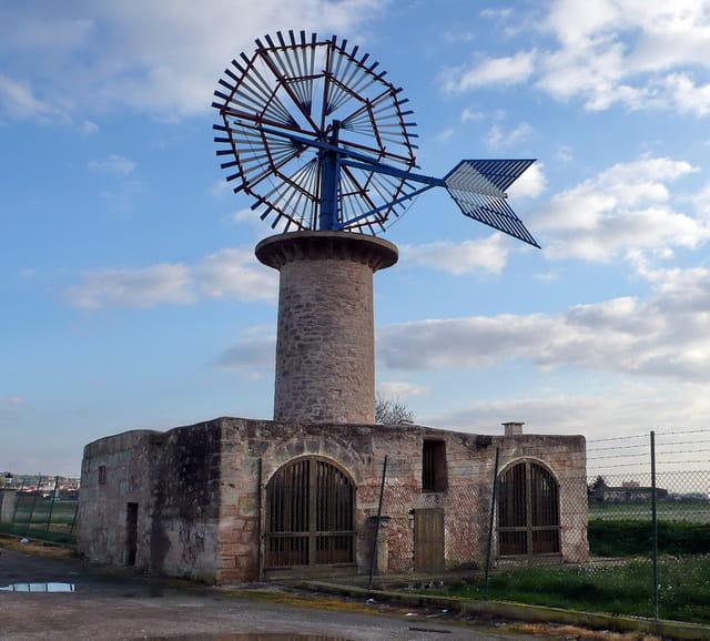 Eolienne sur l'île de Majorque