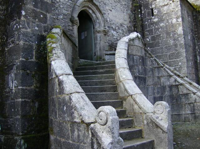 Escaliers à double envolée