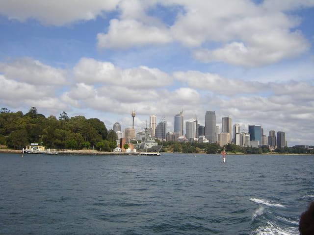 Et au loin, Sydney.