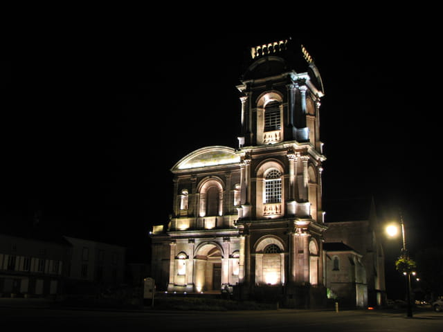 Etival église