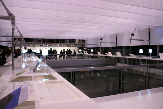exposition paris en ile de france par trung hieu vu sur l 39 internaute. Black Bedroom Furniture Sets. Home Design Ideas