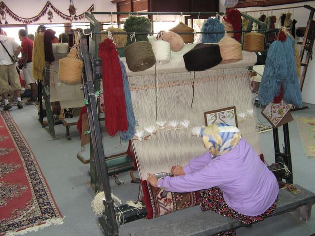 Fabrication de tapis en laine