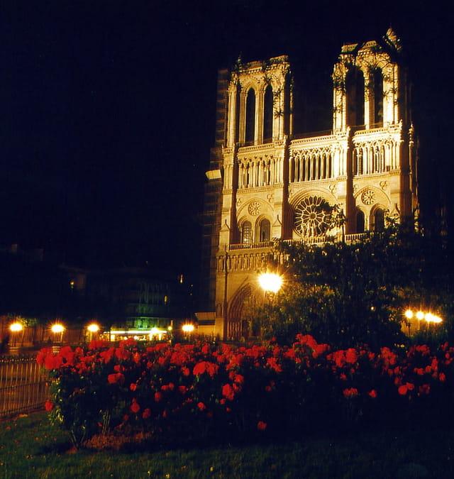 Façade de Notre-Dame-de-Paris