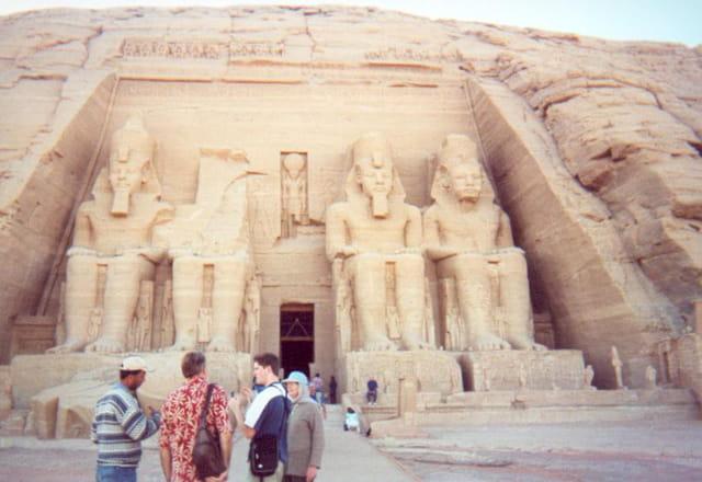 Façade du temple 2