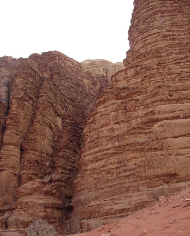 Faille dans le Wadi Rum