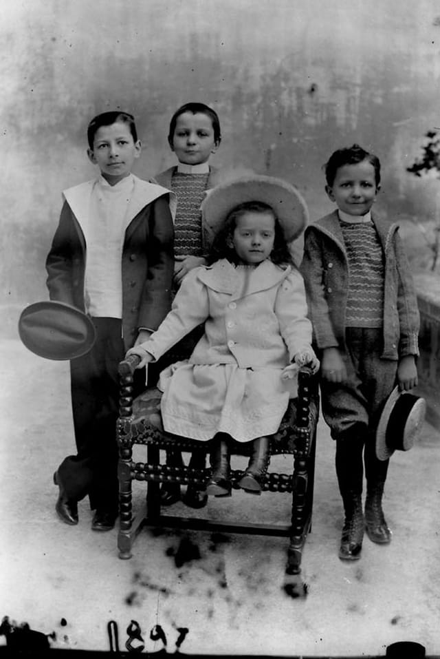 Famille 1897