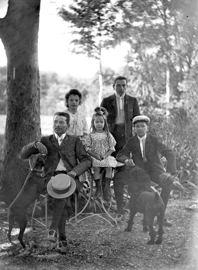 Famille 1904