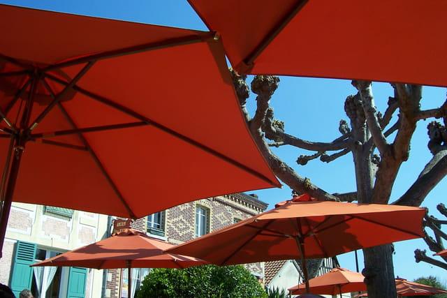 Farandole de parasols