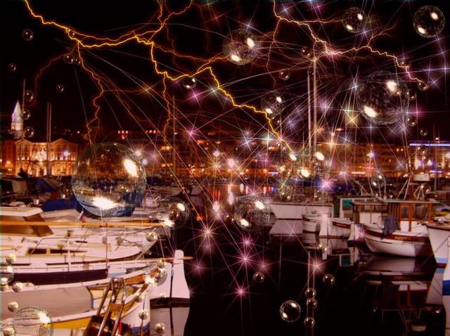 Féerie du port de marseille la nuit