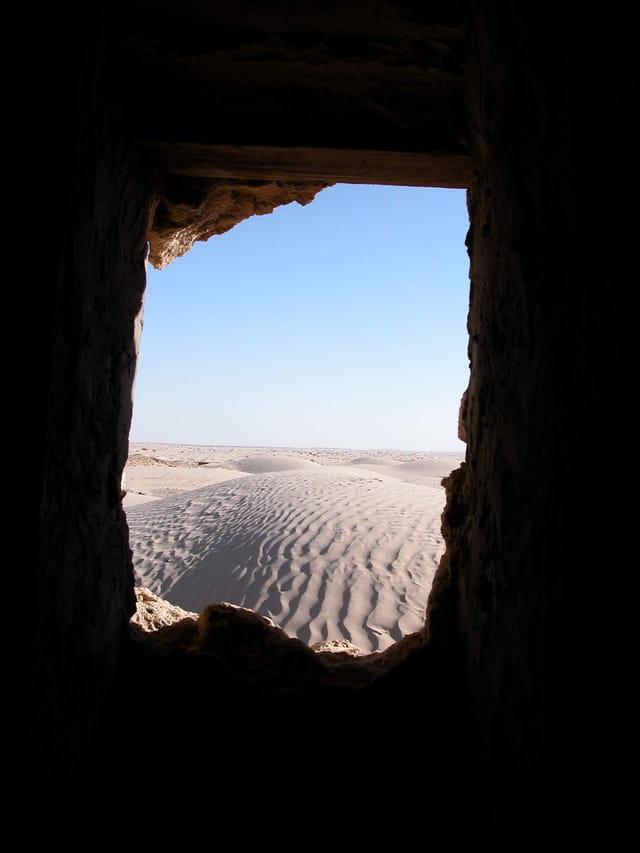 Fenêtre sur désert