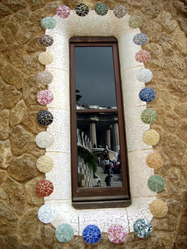 Fenêtre sur le par Guëll