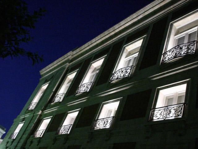 Fenêtres dans la nuit