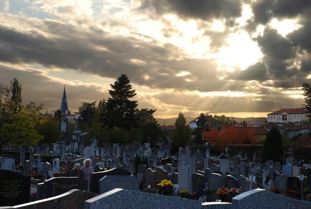 Fête des morts ou fêtes des saints ?