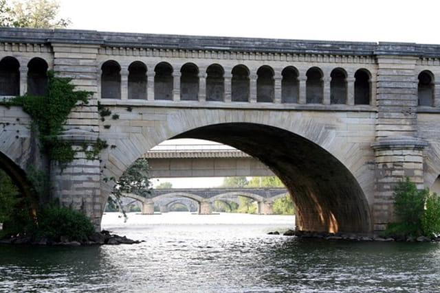 Fête du pont canal à Béziers