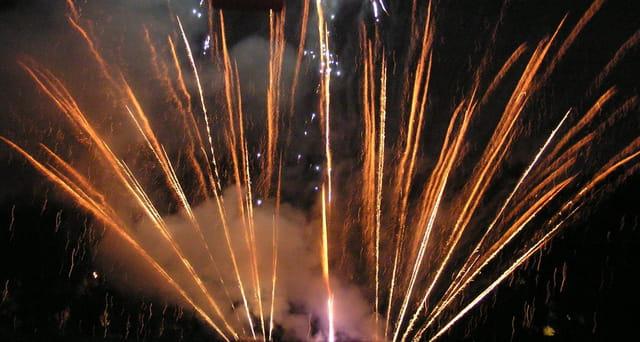 Feu d'artifice du 14 juillet au Pecq