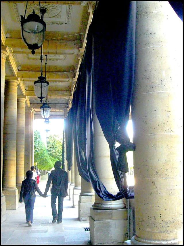 Flâner sous les arcades