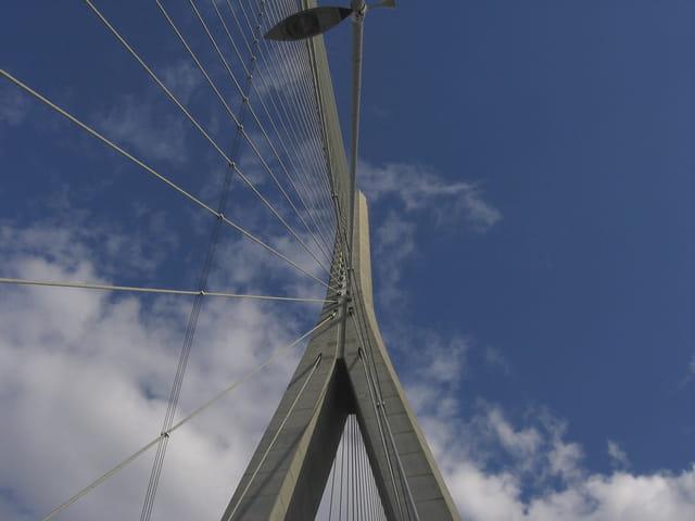Folie des grandeurs pour le pont de Normandie
