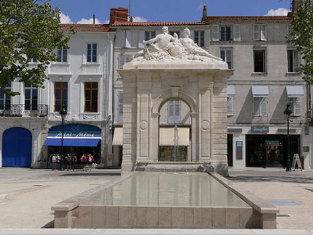 Fontaine Colbert