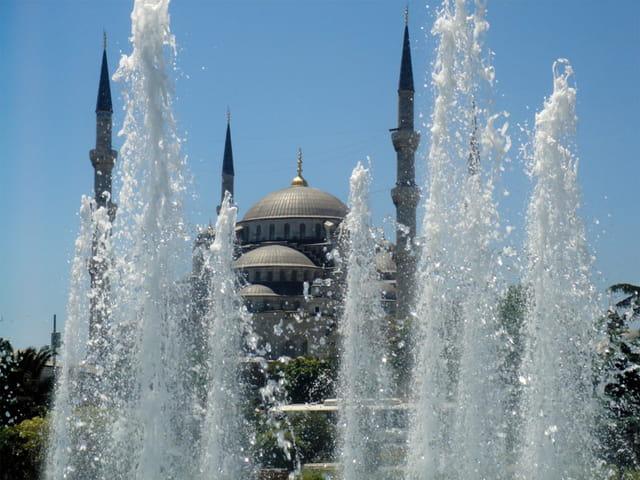 Fontaines de la mosquée bleue