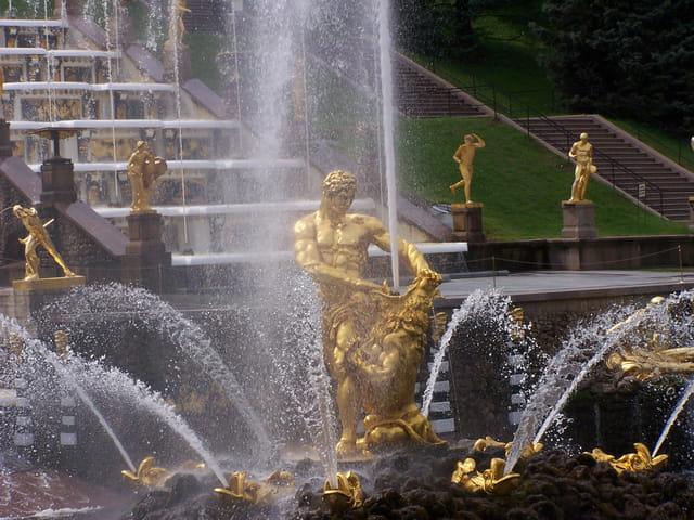 Fontaines de Peterhof