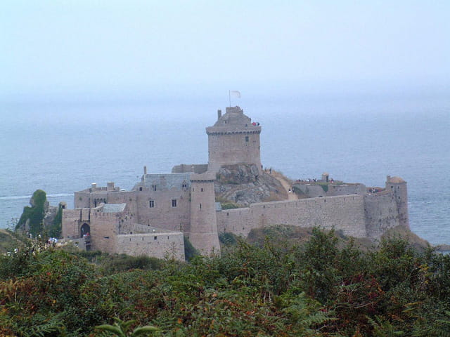 Fort Bretagne