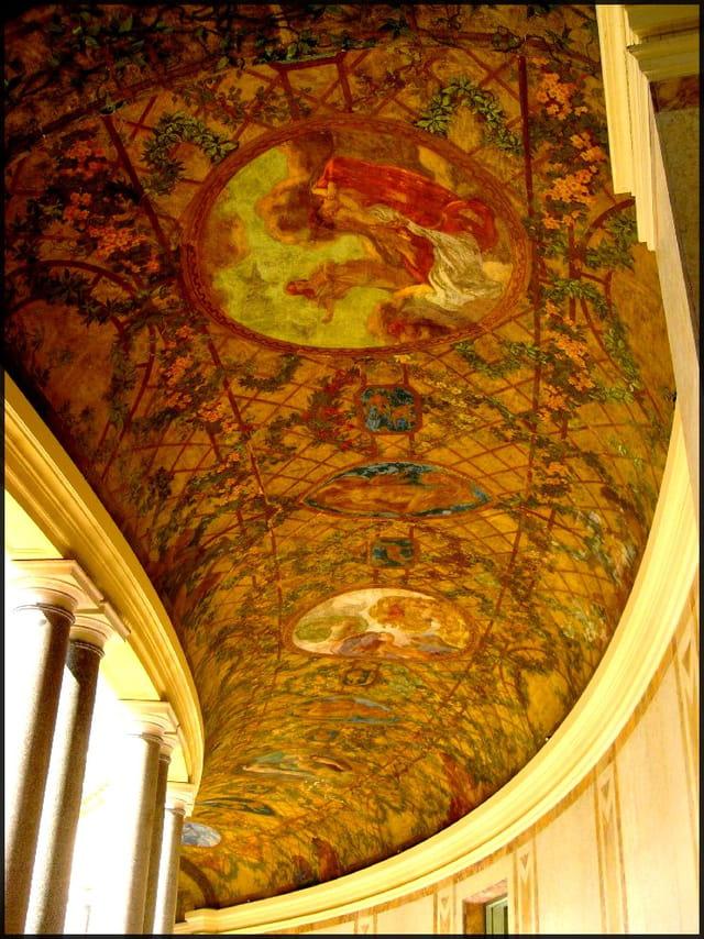 Fresque de la voûte du péristyle
