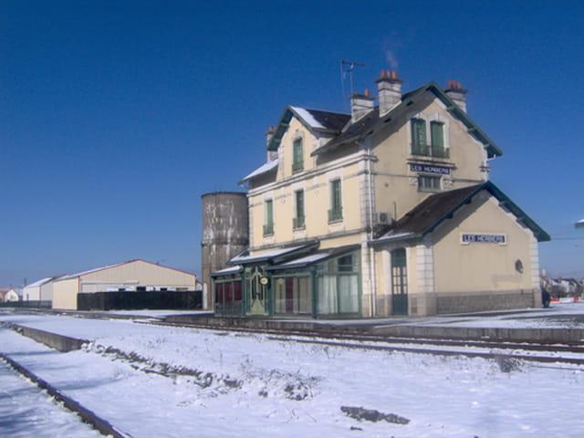 Gare des herbiers sous la neige