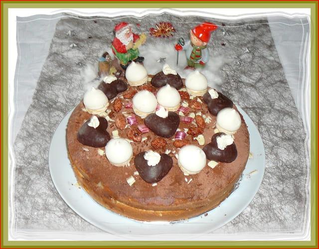 Gâteau maison pour un goûter de Noël de vieilles dames (déc.2014)