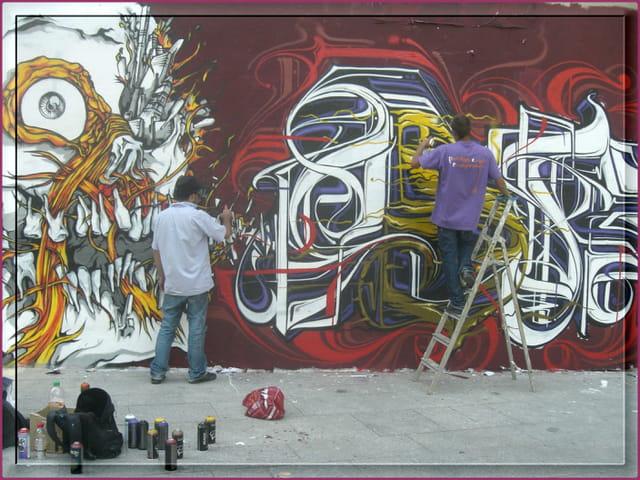 Graffeurs à l'oeuvre