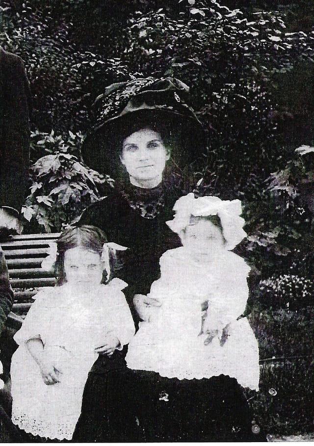 Grand-mère en famille