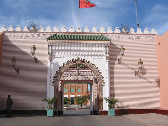 Grande porte du palais royal
