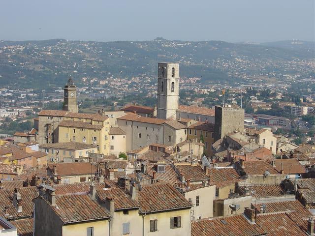 Grasse - La Cathédrale et le centre historique
