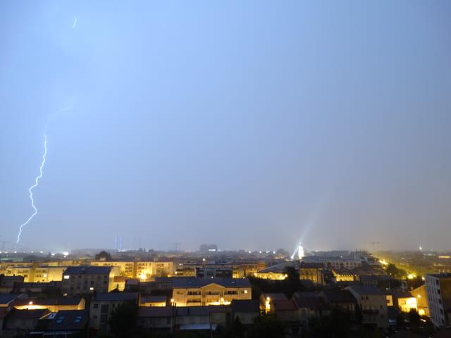 Gros orage sur bordeaux cette nuit 1