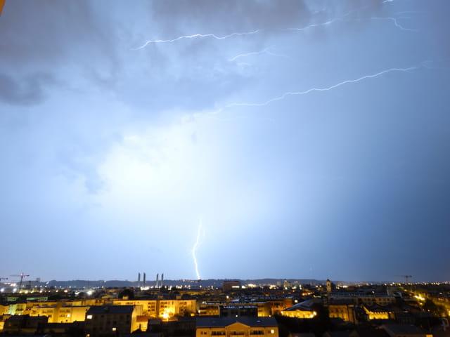 Gros orage sur bordeaux cette nuit 2