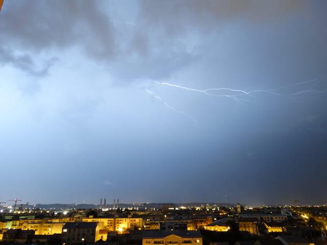 Gros orage sur bordeaux cette nuit 4
