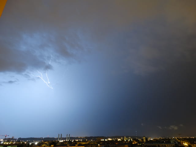 Gros orage sur bordeaux cette nuit 5