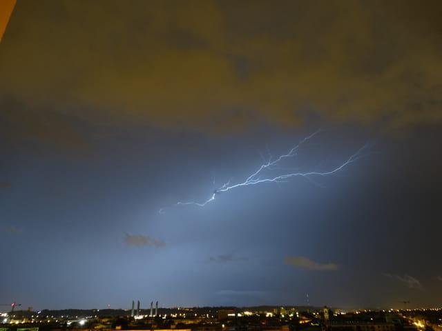Gros orage sur bordeaux cette nuit 7