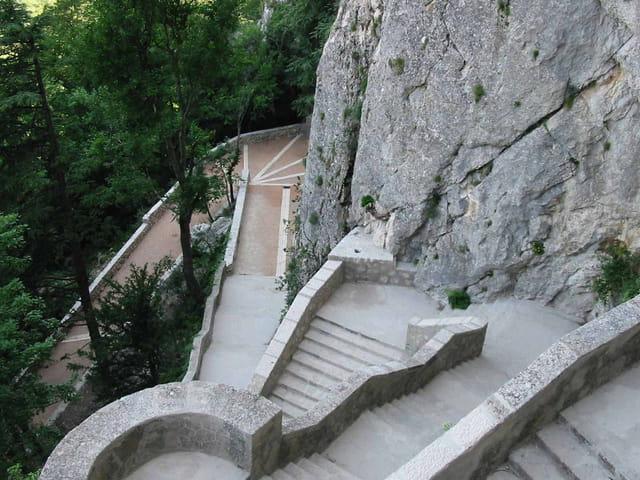 Grotte de st marie madelaine