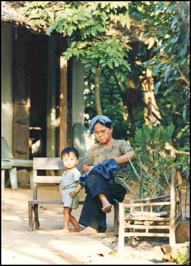 H.C.M. Q1 1999