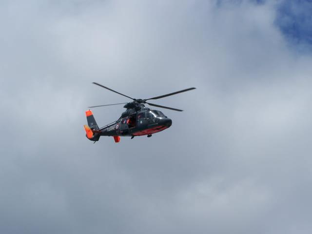 Hélicoptere de la marine