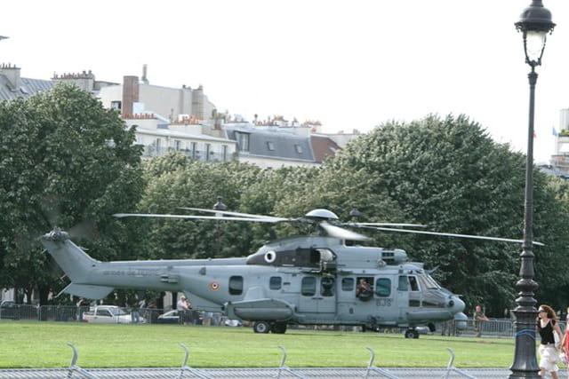 Hélicoptère posé