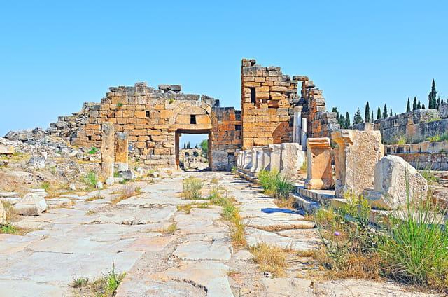 Hiérapolis, porte byzantine.