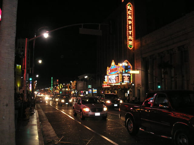 Hollywood boulevard, la nuit