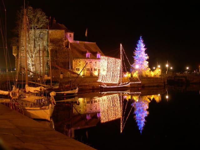 Honfleur - Christmas Night