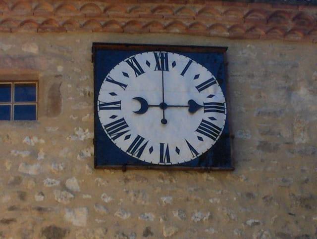 Horloge cordes