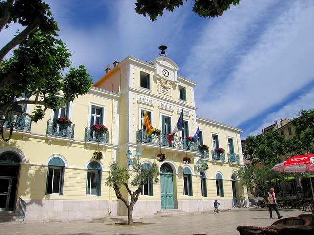 Hôtel de Ville (1)