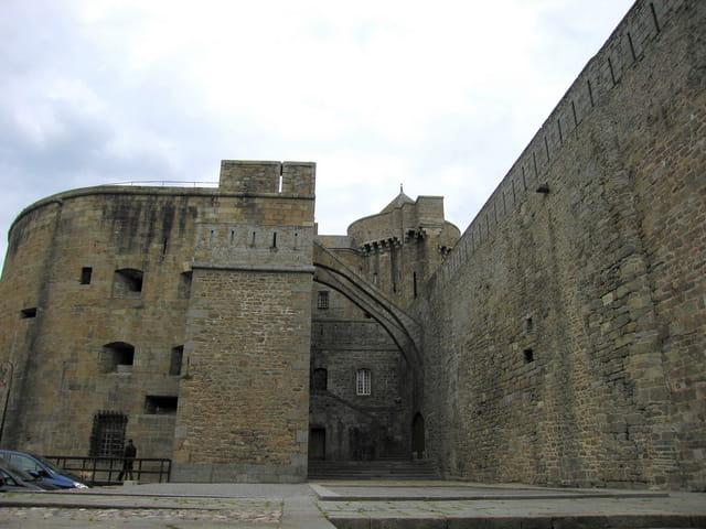 Hôtel de ville (4) Vue de la cour intérieure