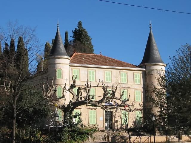 Hôtel de ville de callian