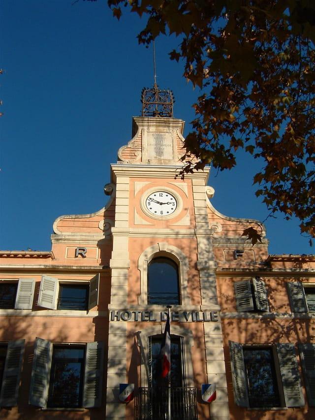 Hôtel de ville de montauroux
