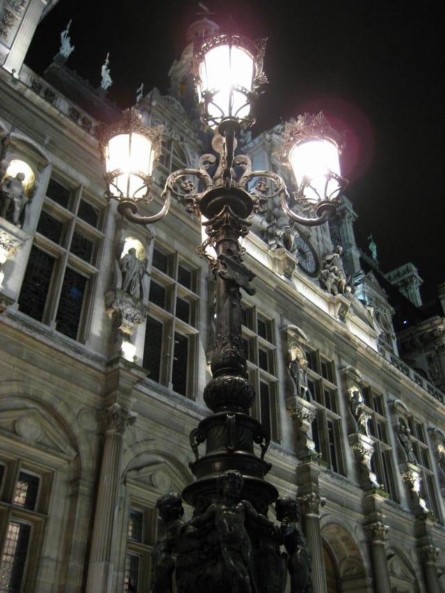 Hotel de ville de nuit